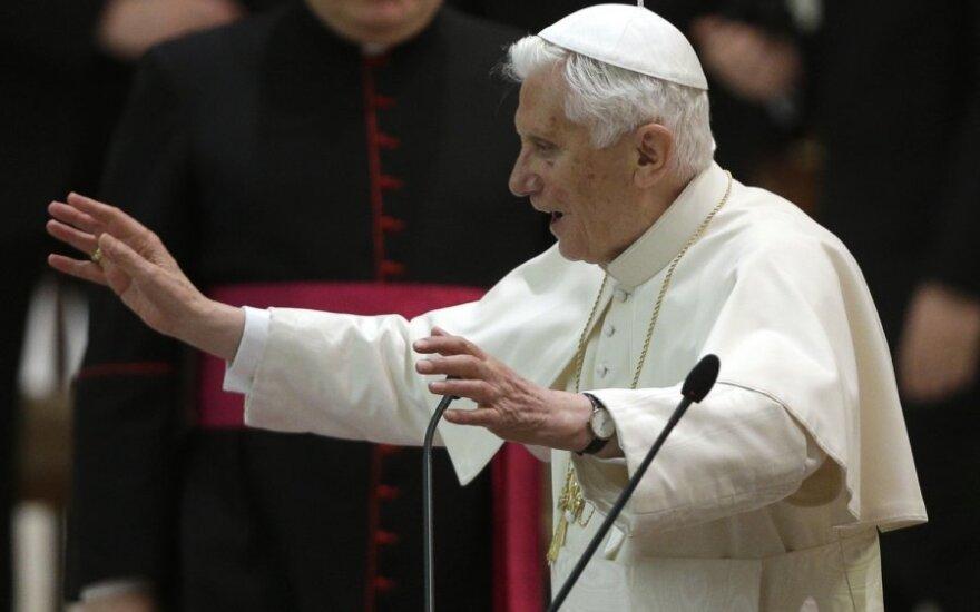 Popiežiaus Benedikto XVI atsisveikinimas su Romos vyskupijos kunigais