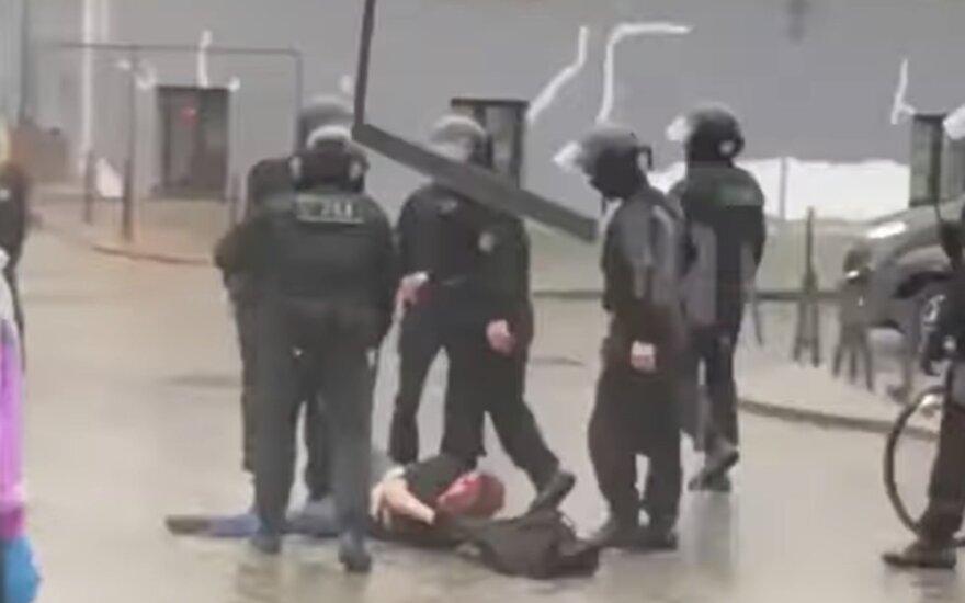 В Беларуси силовики избили брата Дарьи Домрачевой и доставили в ЦИП на Окрестина