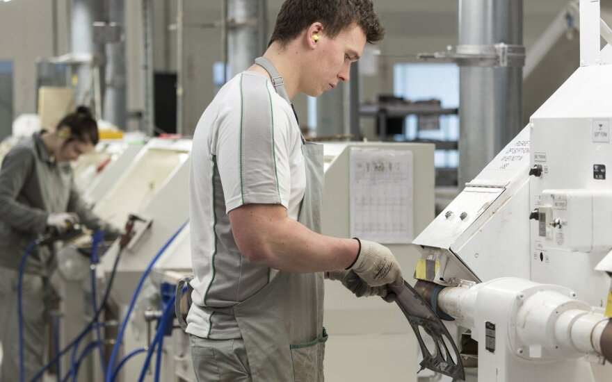 Швейцарская Mikron Group летом откроет завод в Каунасском районе