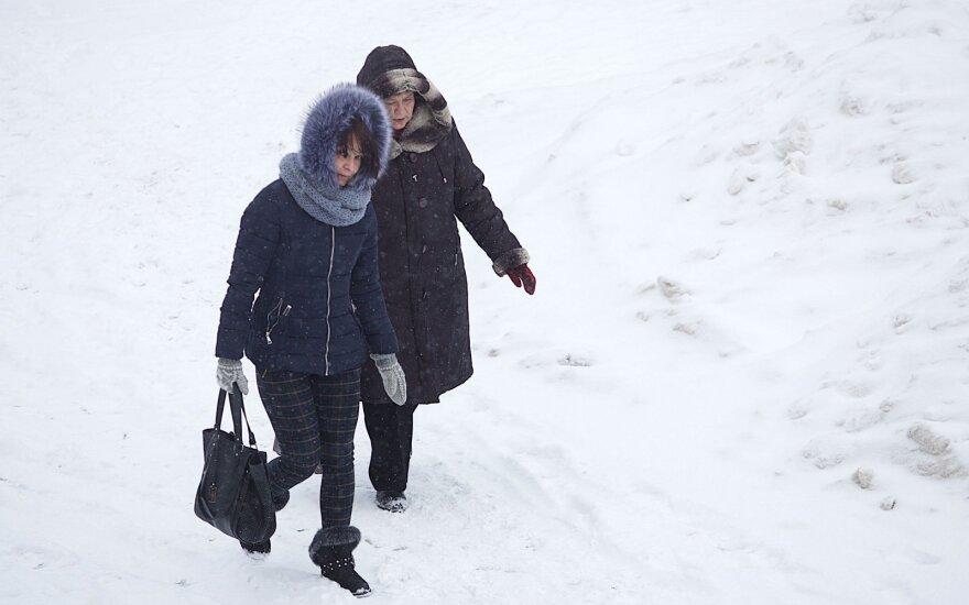 Теплая зимняя обувь жителям Литвы не нужна?