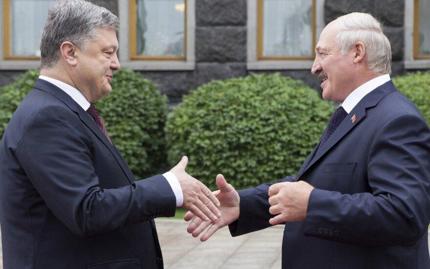 Лукашенко: Cейчас единственная цель — прекратить войну и сохранить Украину единой и неделимой