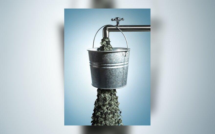 Bankrotas, švaistymas, pinigai