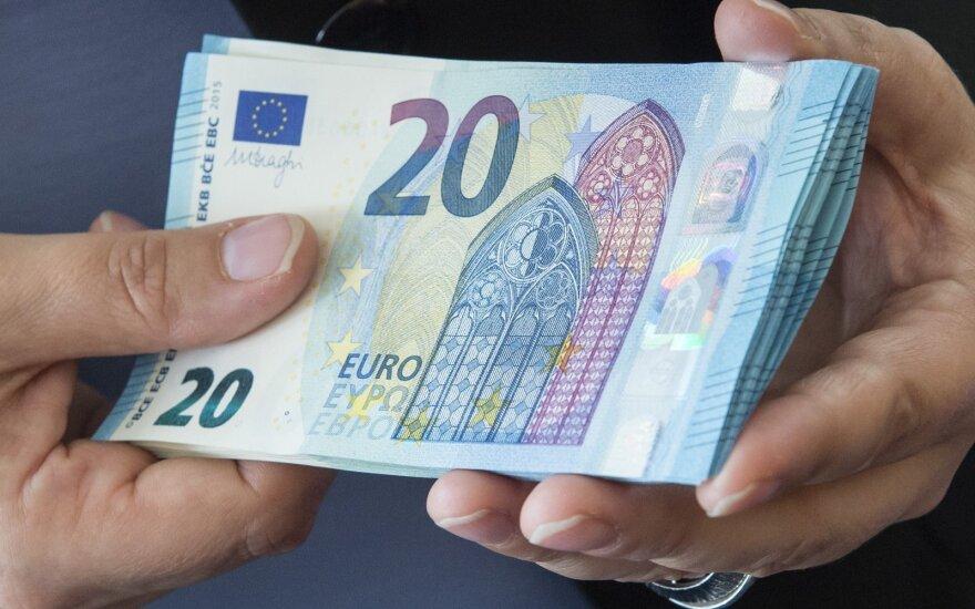 В регионах зарплаты выше, чем в Шяуляй и Паневежисе