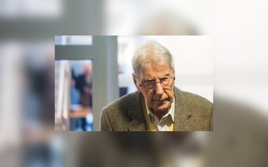 """В Германии начинается суд над """"проводником смерти"""" в Освенциме"""