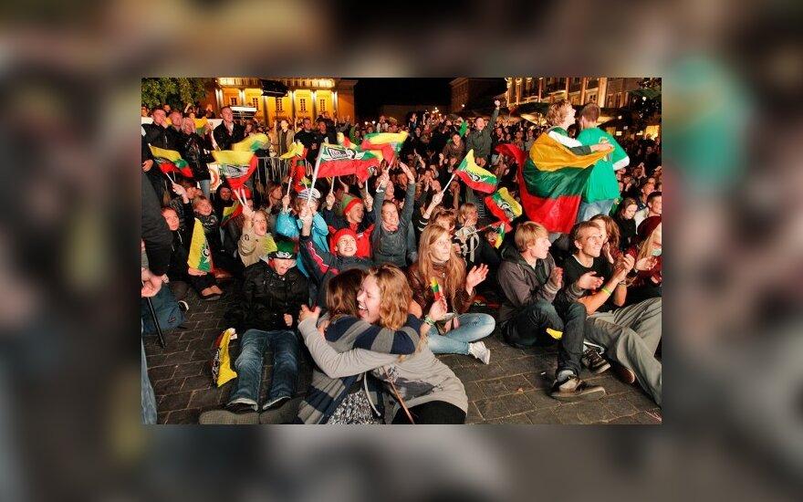 Литва бурно праздновала победу над Аргентиной
