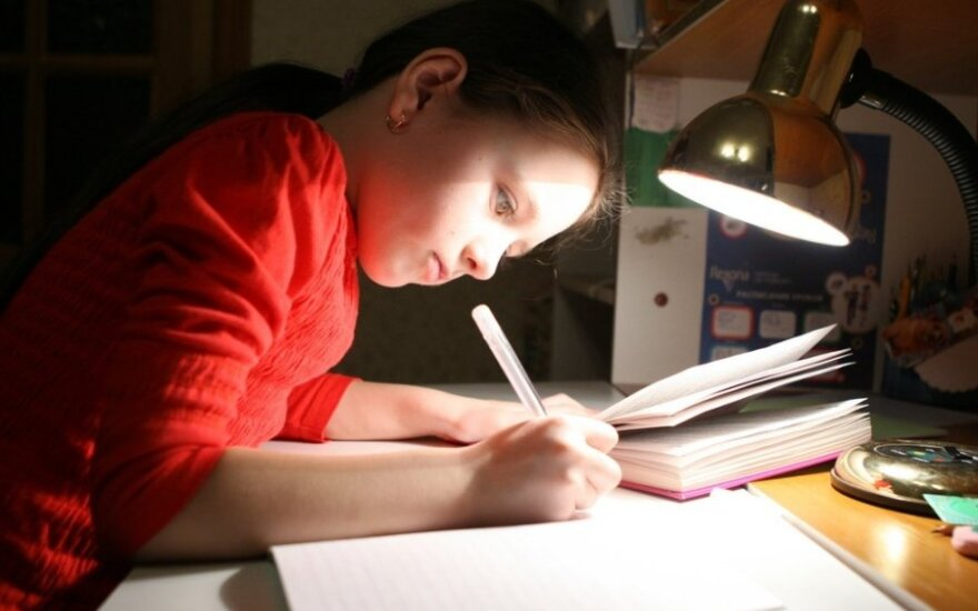 В России ученикам четвертых классов дают домашнее задание написать письмо отцу на фронт