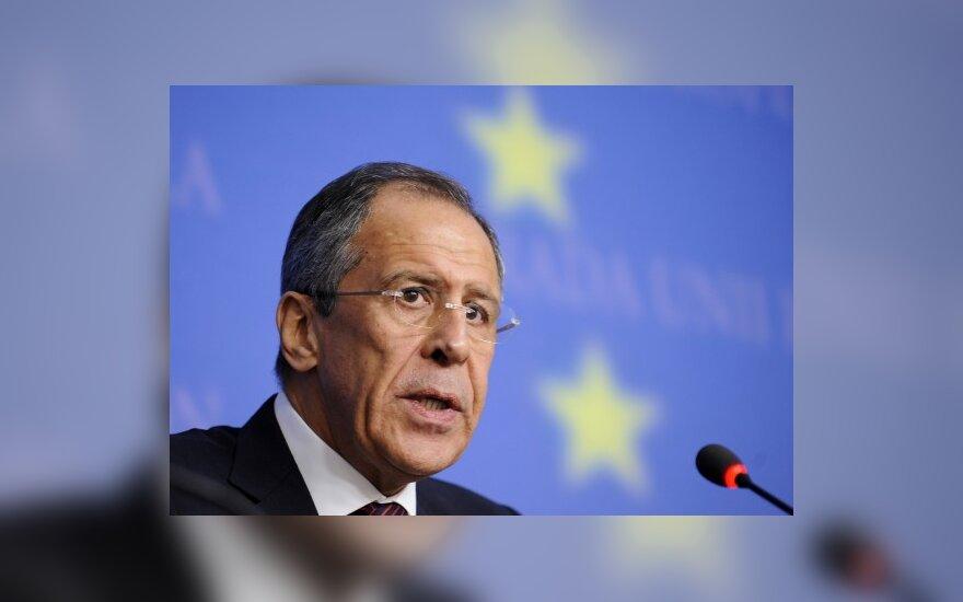 Лавров: Украина не опасна, Грузия - опасна