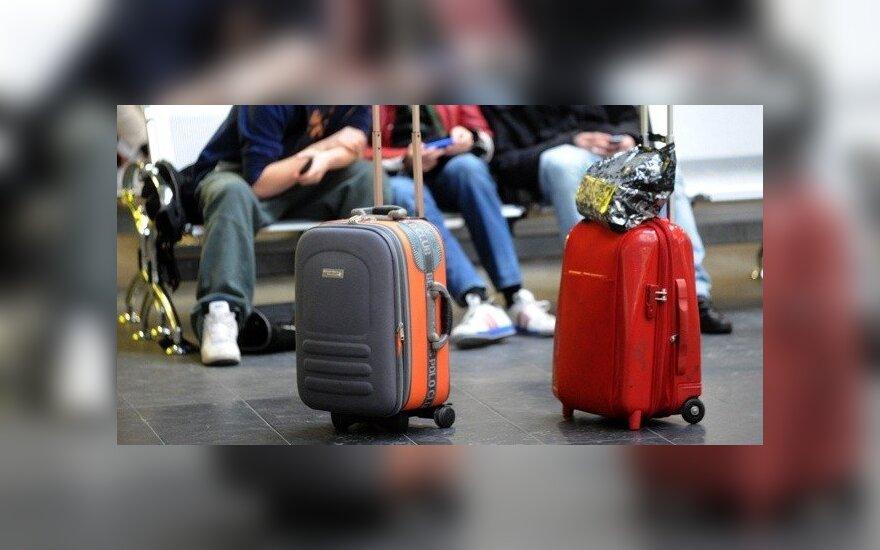 Исследование показало, почему эмигрируют жители Литвы