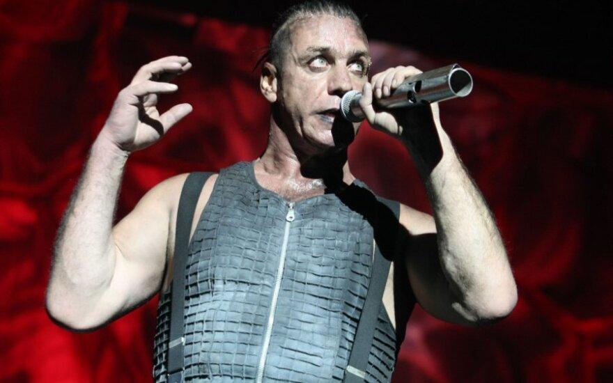Rammstein хотят оштрафовать за пропаганду гомосексуализма