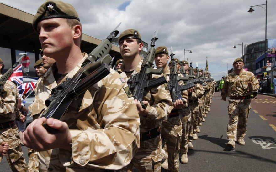 "Лондон мобилизует 3500 солдат на случай жесткого ""Брекзита"""