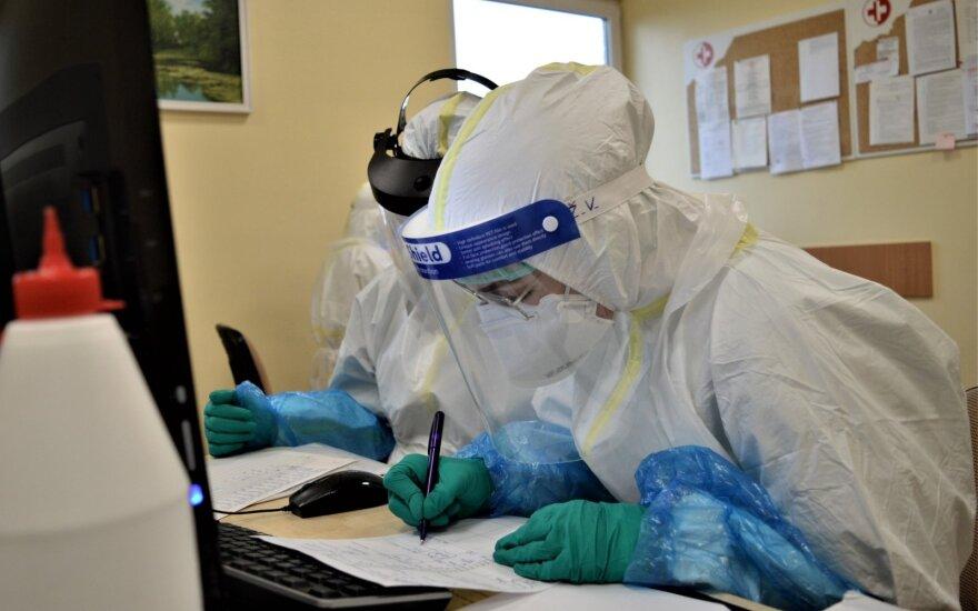 Шок в Лаздияй: у переболевших и привитых врачей - положительные тесты на коронавирус