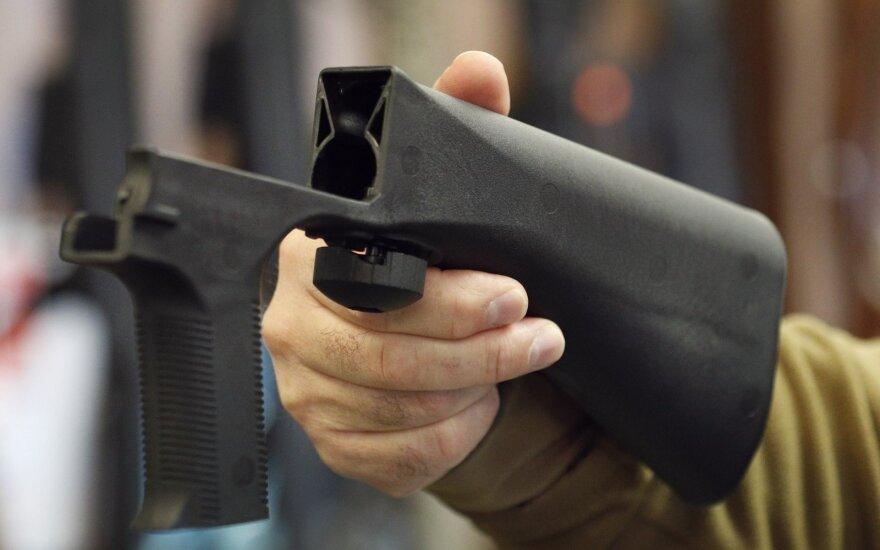 Naujoji Zelandija uždraus pardavinėti šturmo šautuvus ir pusiau automatinius ginklus