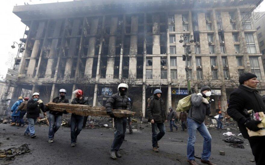 Украина: Партия регионов продолжает стремительно редеть