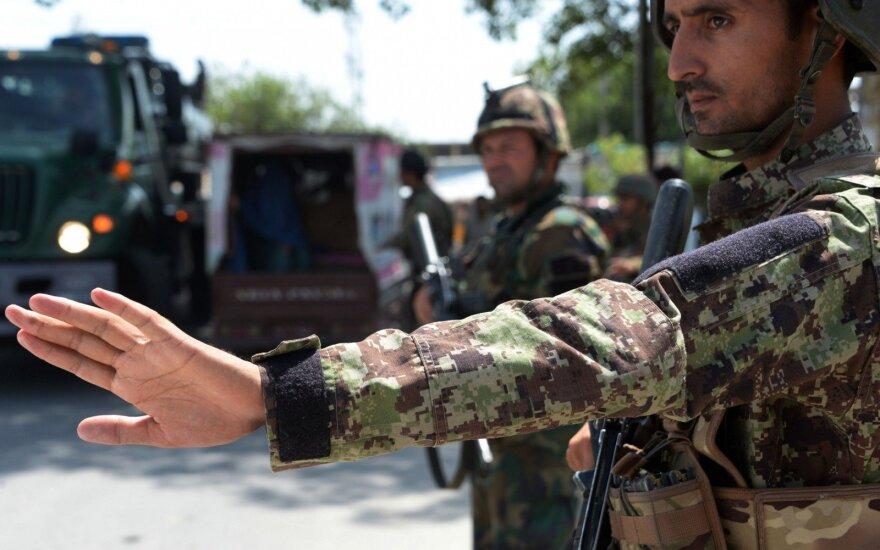 Девять афганских полицейских погибли в результате ошибочного удара ВВС США