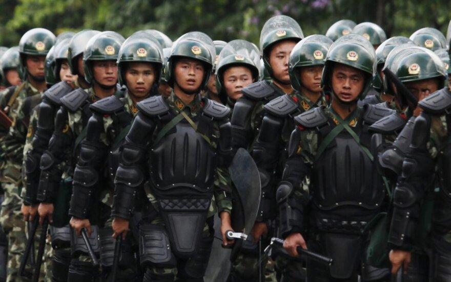 Китай: полиция отбила атаку террористов, погибли 11 боевиков
