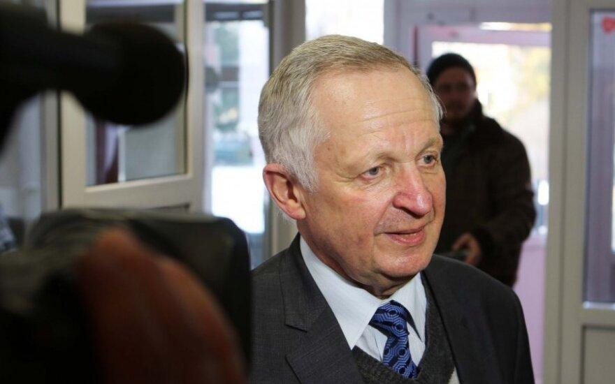 Директор администрации Шальчининкского района заплатил штраф за польские таблички