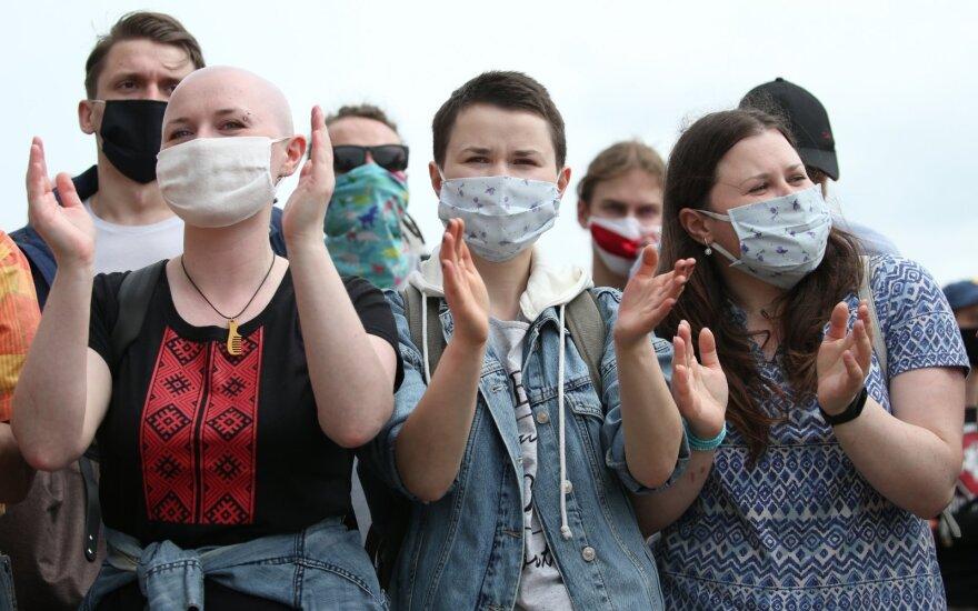 Когда диджеи становятся героями. Что говорят белорусы о президентских выборах в своей стране