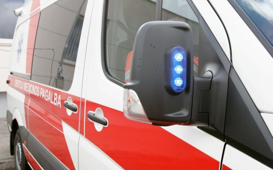 В Каунасскую клинику привезли троих детей с менингококковой инфекцией, один из них умер