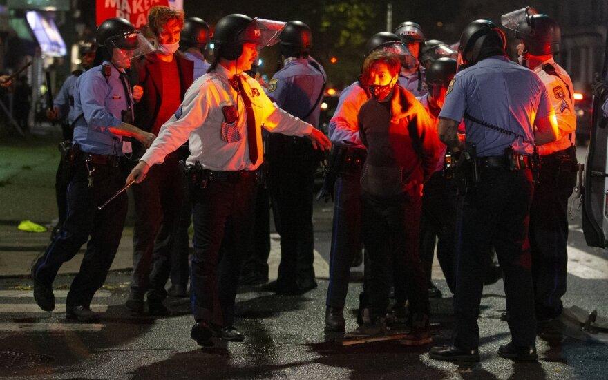 Теперь в Филадельфии: полиция застрелила афроамериканца, что спровоцировало протесты