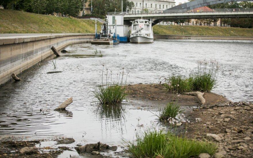 ФОТО: Литва из-за засухи просит Беларусь помочь восстановить уровень реки Нерис