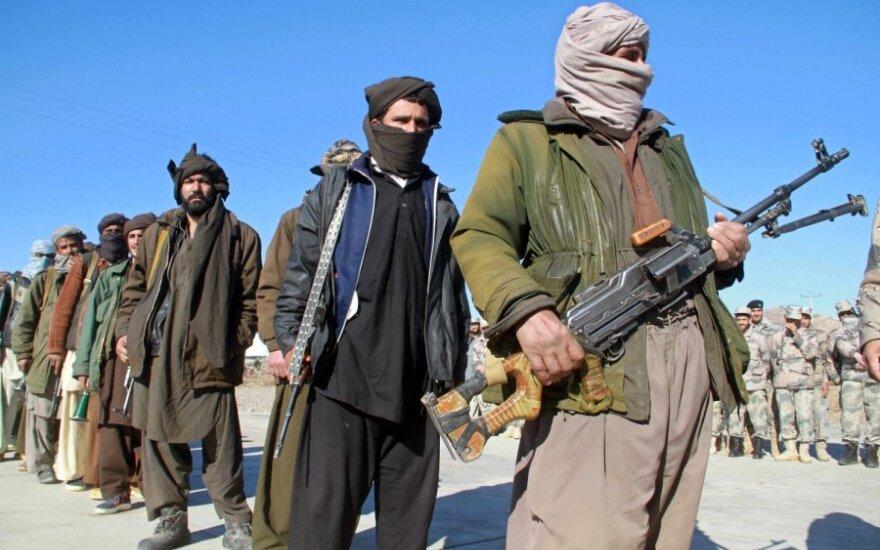 В Афганистане талибы публично казнили женщину из-за спора двух мужчин
