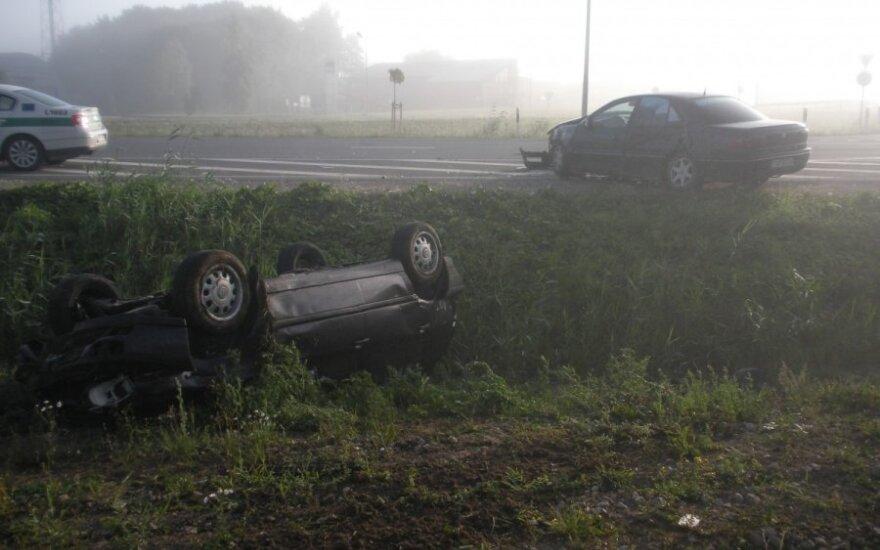 На кольце Якай столкнулись два автомобиля