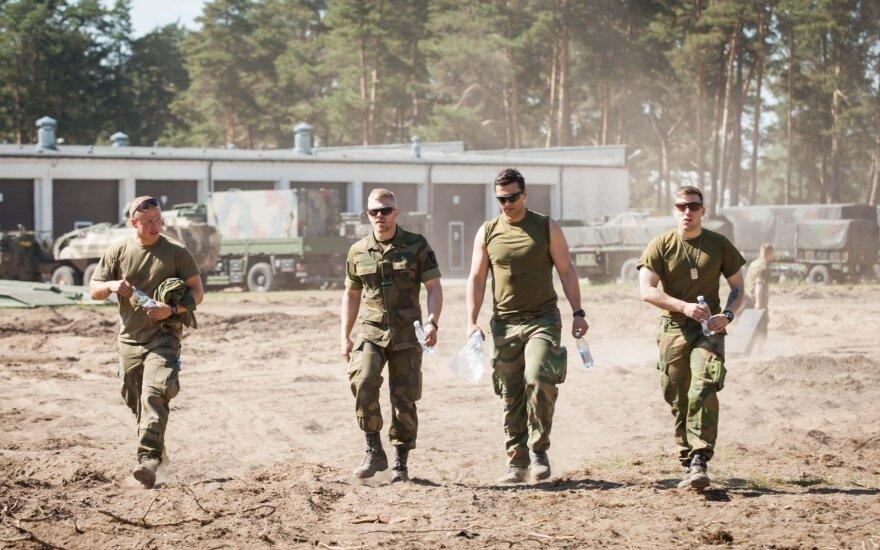Международные силы НАТО в Литве пополнят чехи