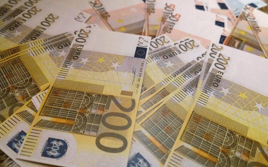 Четыре партии в прошлом году получили доходы, превышающие 1 млн. евро