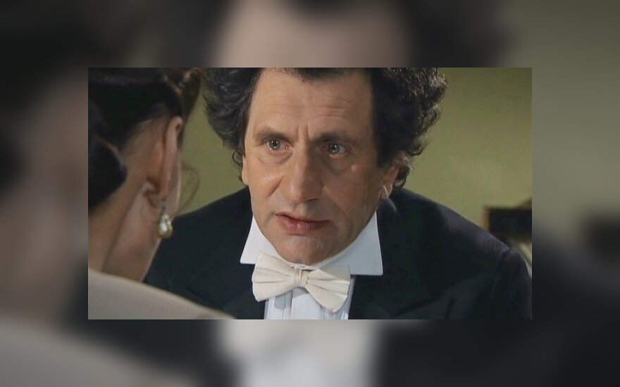 """Кадр из сериала """"Вольф Мессинг"""""""
