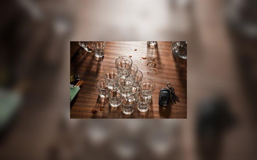 Шестая часть россиян злоупотребляет алкоголем