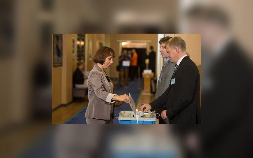 Парламенту Эстонии и с третьей попытки не удалось избрать президента
