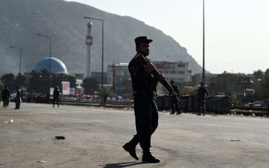 Посольство США в Афганистане закрыто после нападения на военную базу