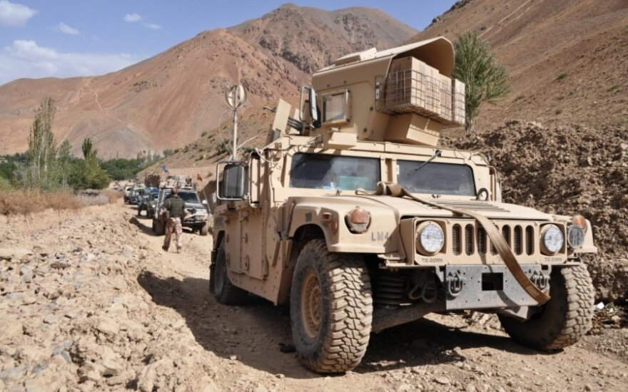 Lietuvos kariai ir Afganistano policininkai patruliavo kartu