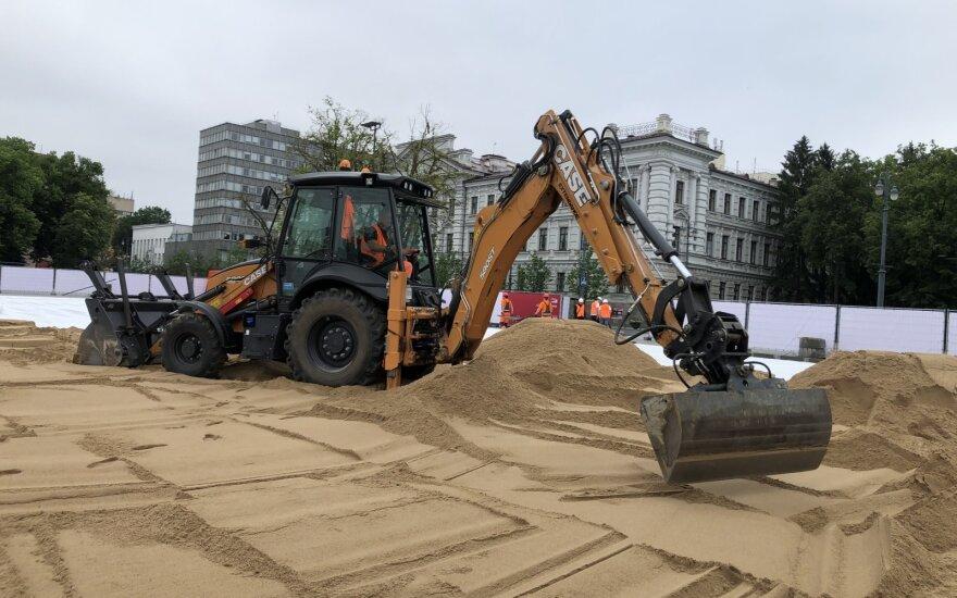 В столице Литвы на Лукишкской площади появится пляж