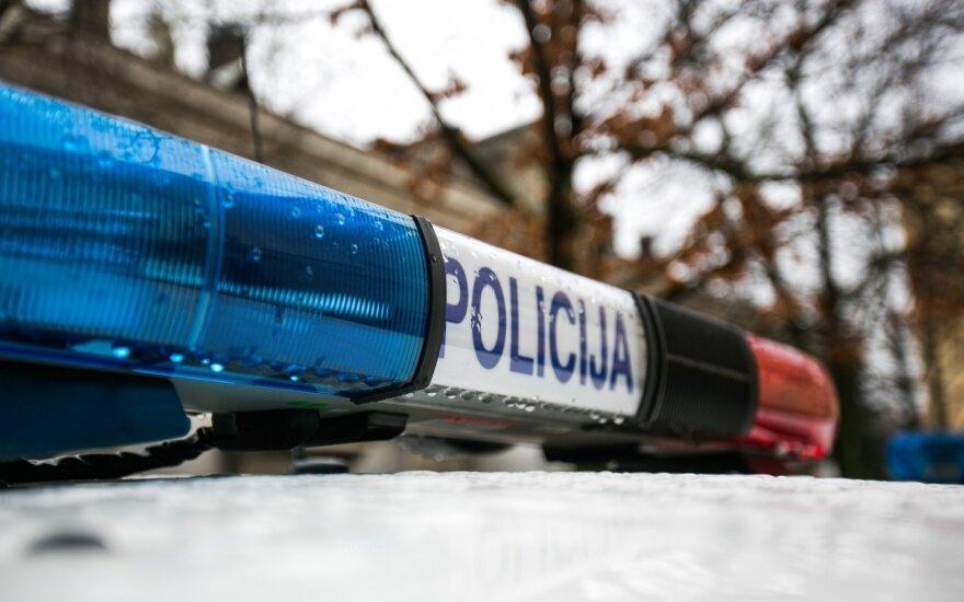 Водитель BMW не пропустил полицейский автомобиль
