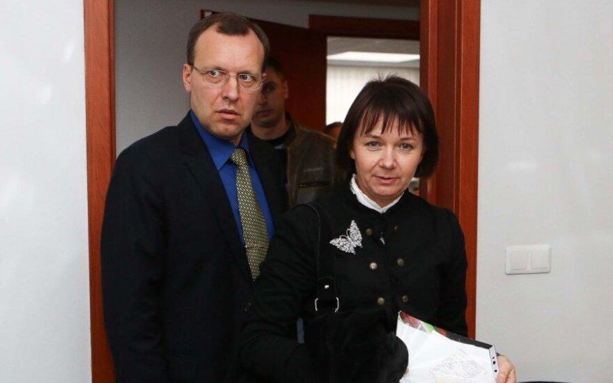 Пострадавшая в гостинице Путейкене считает, что ее оставили на произвол судьбы