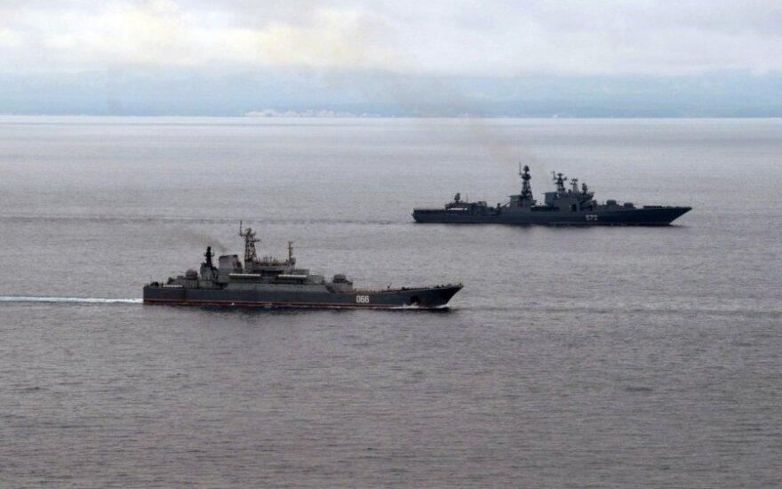 Ситуация в Крыму: российские военные угрожают штурмом