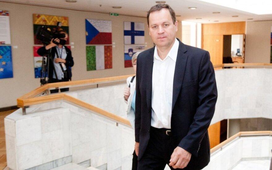 Томашевский обвиняет ДГБ в некомпетентности