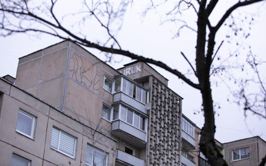 Трещины в многоквартирных домах и осыпающийся фасад - только вершина айсберга: жители Литвы живут на пороховой бочке