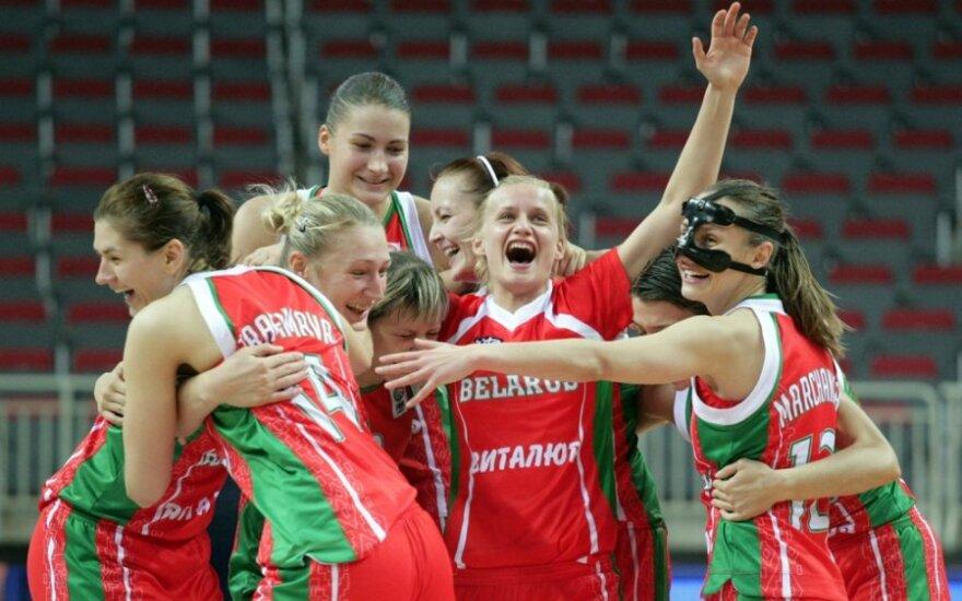 Baltarusijos rinktinės krepšininkės triumfuoja