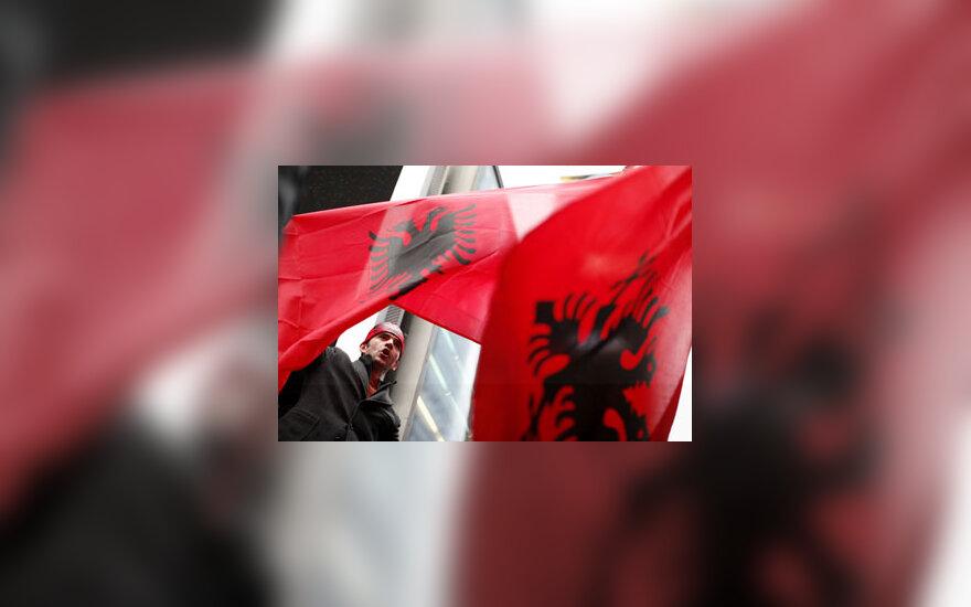 Vyras džiaugiasi paskelbta Kosovo nepriklausomybe