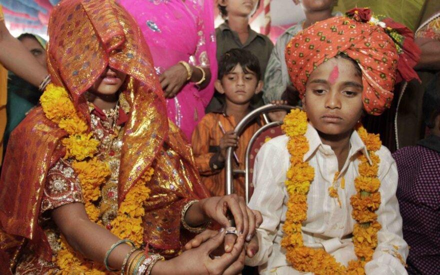 Paauglių vestuvės Indijoje