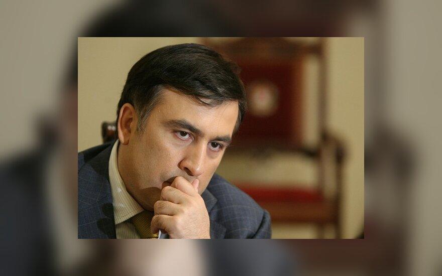 Грузинская оппозиция отравит М.Саакашвили отдых