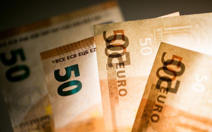 Жители Литвы все еще не привыкли к евро - недовольны переходом на валюту ЕС