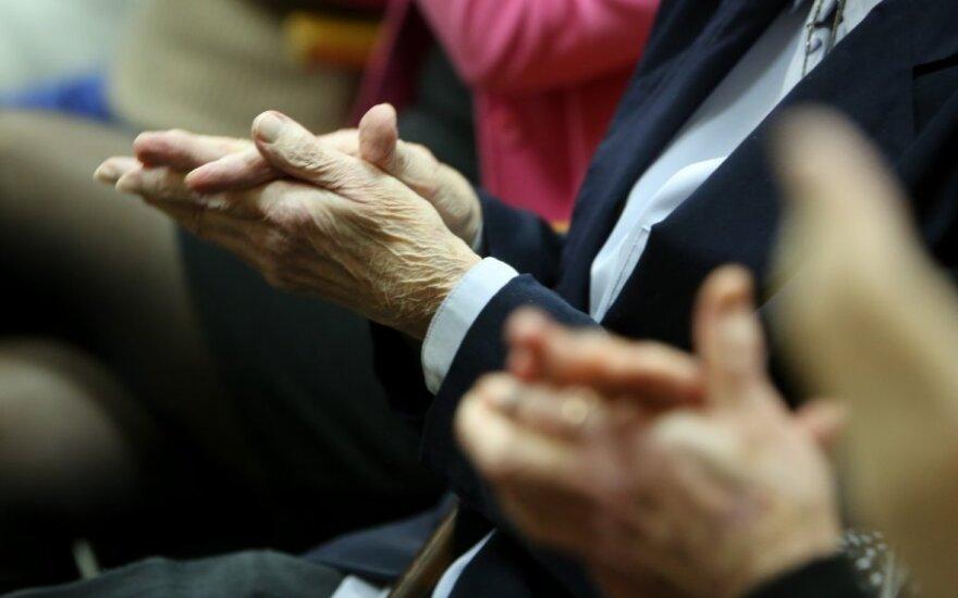 Правительство Литвы утвердило порядок компенсирования пенсий
