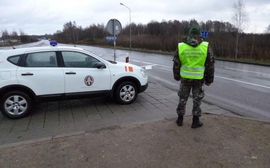 Литовские пограничники задержали незаконно перевозимую чеченскую семью