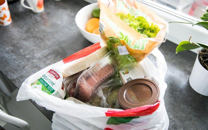 В Литве по-прежнему растут цены: жители экономят за счет своего здоровья