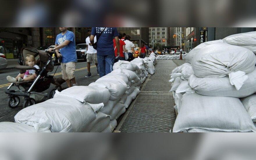 Niujorke pirmąkart paskelbta masinė evakuacija