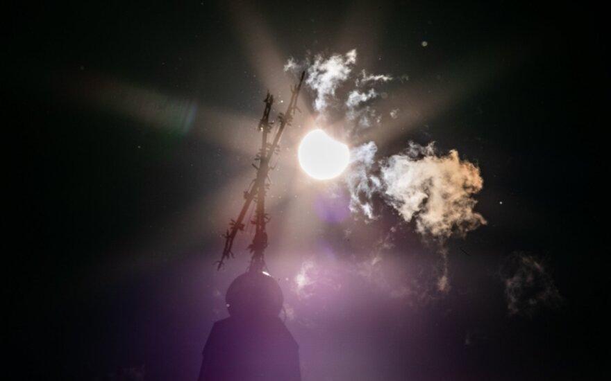 Над Литвой можно было наблюдать солнечное затмение
