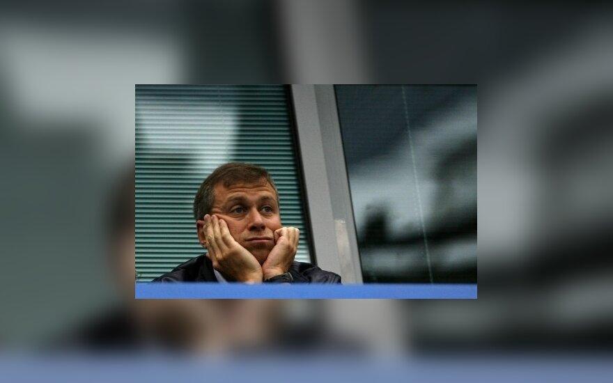 Абрамович вновь встречается с Дашей Жуковой